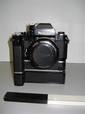 ΦΩΤΟΓΡΑΦΙΚΗ ΜΗΧΑΝΗ NIKON F2 PHOTOMIC
