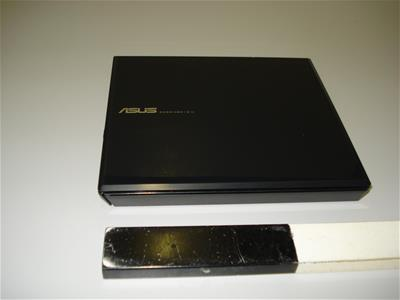 Εξωτερική μονάδα εγγραφής/αναπαραγωγής οπτικών δίσκων ASUS SDRW-08D 1 S-U
