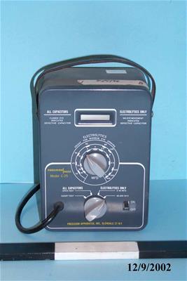 Συσκευή μέτρησης/ελέγχου χωρητικότητας πυκνωτών Precision Paco