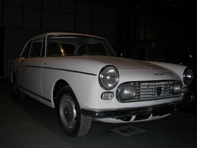 Αυτοκίνητο Peugeot 404 Coupe