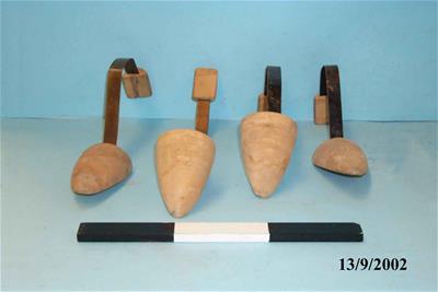 Συλλογή Από Τέσσερα Καλαπόδια Για Άνοιγμα Παπουτσιών