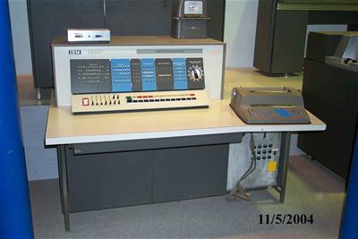 Κονσόλα Χειρισμού - Κεντρική Μονάδα Επεξεργασίας Δεδομένων Η/Υ IBM 1620 Model II