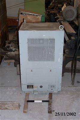 Συσκευή Automatic Voltage Regulator