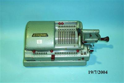 Μηχανική Αριθμομηχανή Triumphator