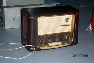 Ραδιόφωνο Grundig