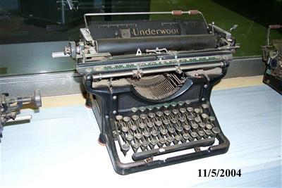Γραφομηχανή Underwood 6