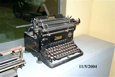 Γραφομηχανή Ideal Seidel Naumann