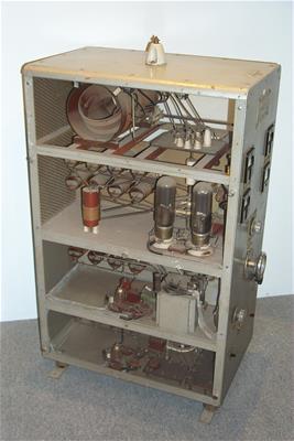 Ραδιοτηλεγραφικός Πομποδέκτης Μεσαίων Συχνοτήτων (350 - 500 Khz)