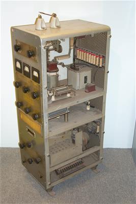 Ραδιοτηλεγραφικός Πομπός Υψηλών Συχνοτήτων (2-22 Mhz)