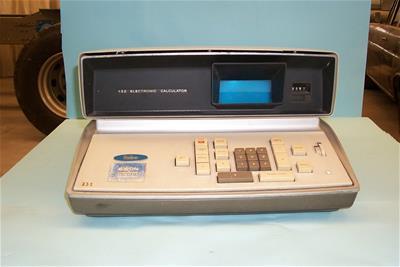 Ηλεκτρονική Αριθμομηχανή Friden EC-132