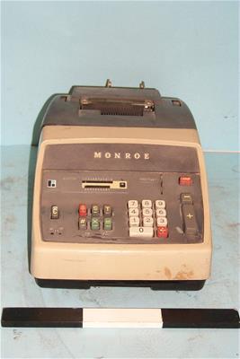 Αριθμομηχανή Monroe