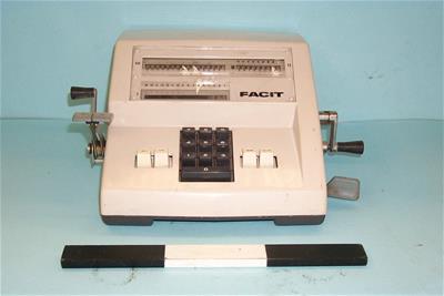 Αριθμομηχανή Facit