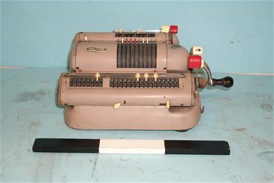 Μηχανική Αριθμομηχανή Walther