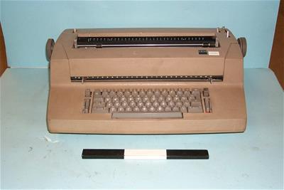 Ηλεκτρική Γραφομηχανή IBM selectric II