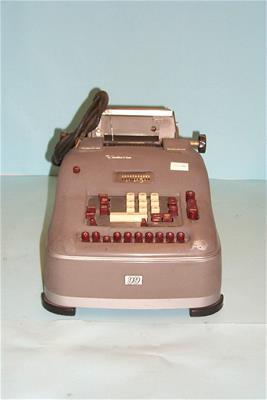 Αριθμομηχανή Remington Rand 99